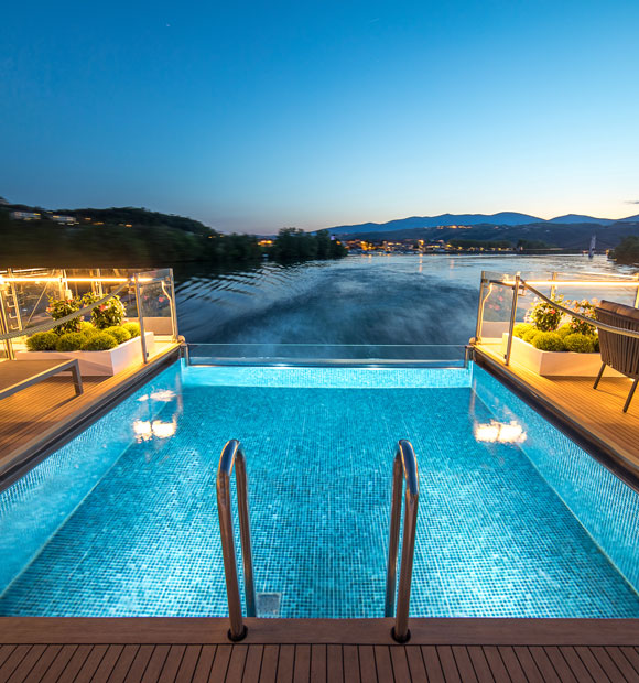 Amadeus Provence Infinity Pool