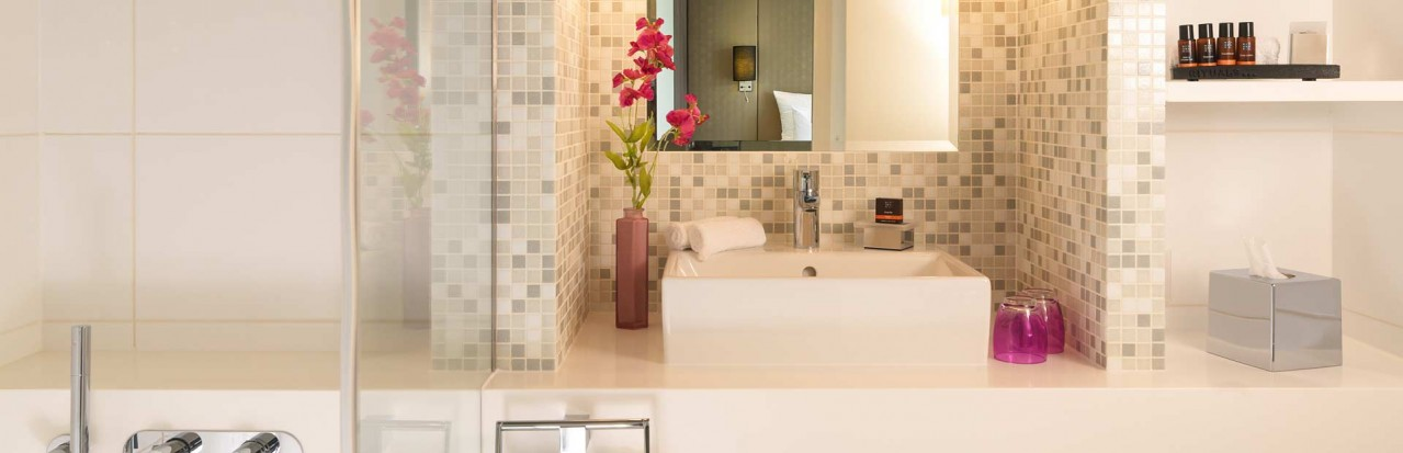 Amadeus Silver II Suite Bathroom