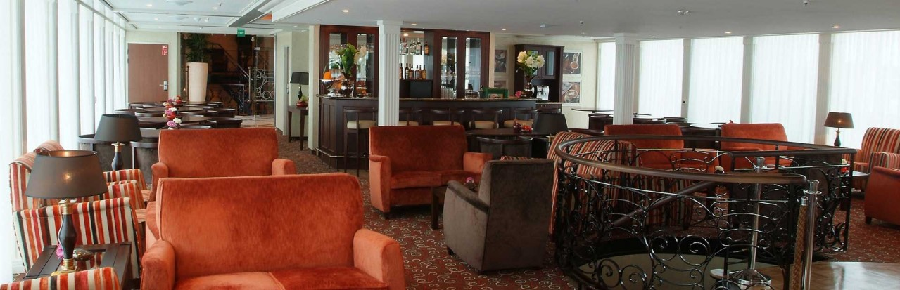 AmaWaterways Amadagio Main Lounge
