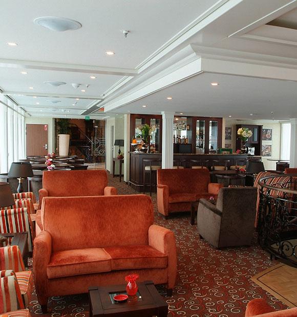 AmaWaterways Amadagio Main Lounge