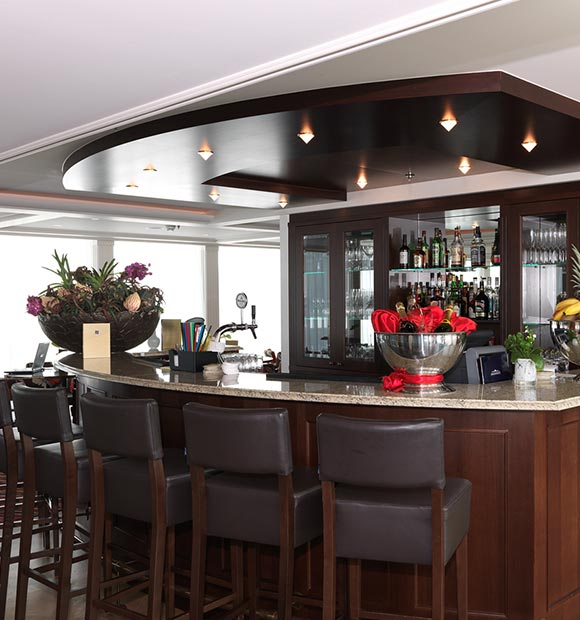 AmaWaterways Amadolce Bar