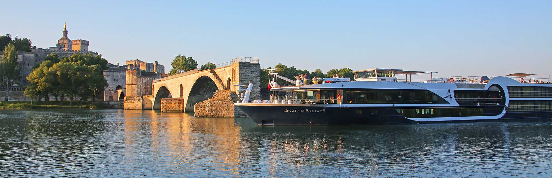 Avalon Poetry II Exterior Rhone