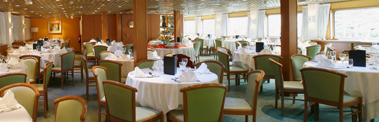 CroisiEurope Fernao De Magalhaes Restaurant