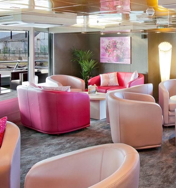 CroisiEurope MS Gerard Schmitter Lounge
