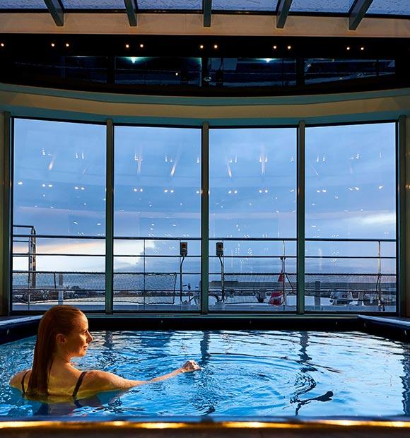 Crystal Vista Deck Pool