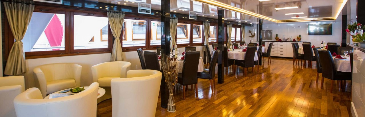 MV Adriatic Pearl - Restaurant