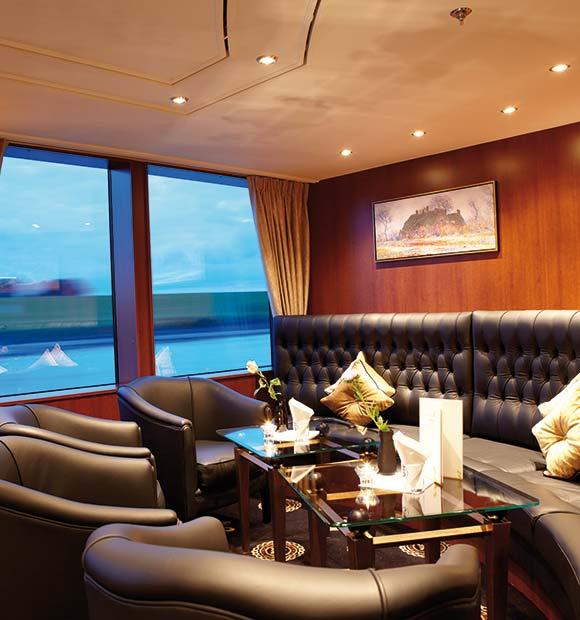 Riviera Lord Byron Lounge