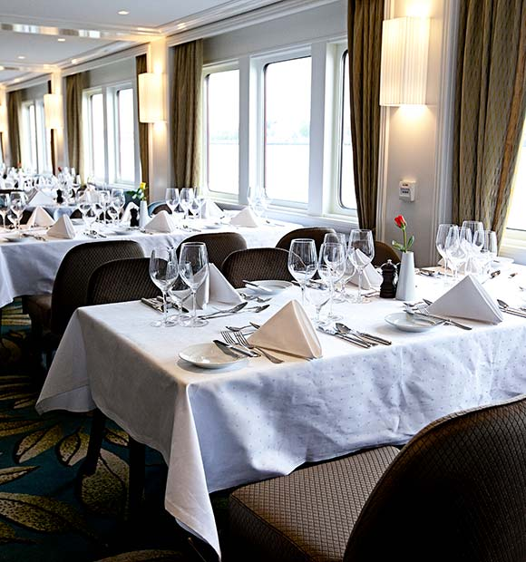 Riviera William Shakespeare Restaurant
