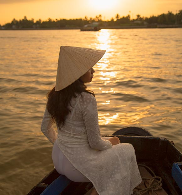Experience Local Culture with Riviera Travel