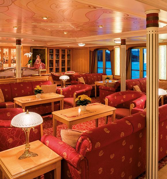 Saga MS Frederic Lounge