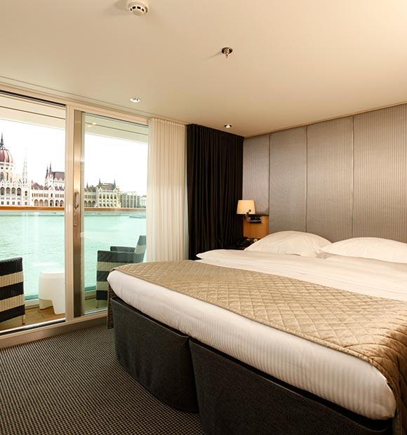 Scenic Deluxe Balcony Suite