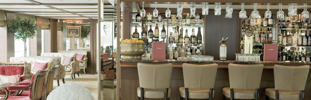 Uniworld Beatrice Lounge Bar