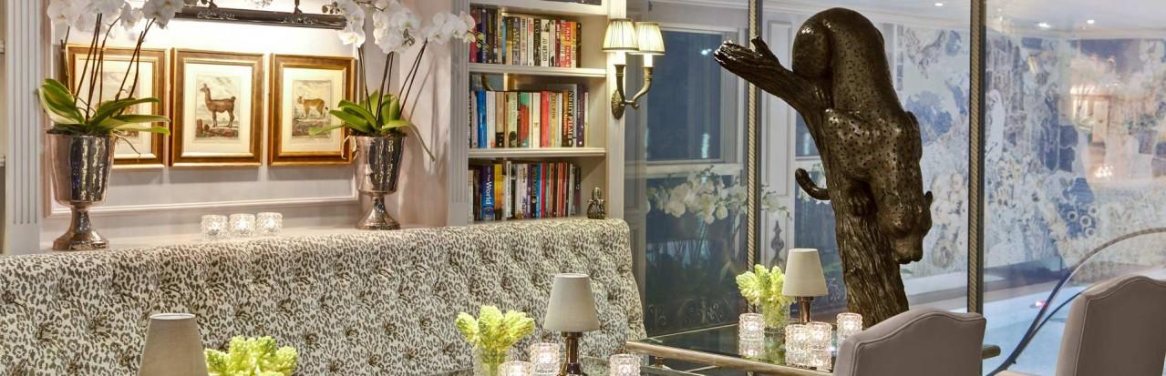 Leopard Lounge on-board Uniworld Maria Theresa